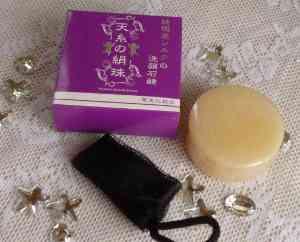 シルクフィブロイン,天糸の絹珠,てんしのきぬだま,絹石けん,シルクソープ,シルク石けん